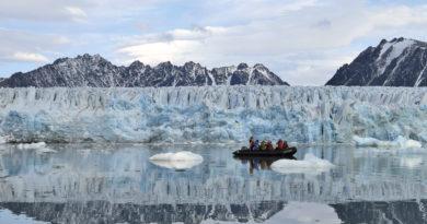 Śpieszmy się kochać Arktykę, tak szybko odchodzi…